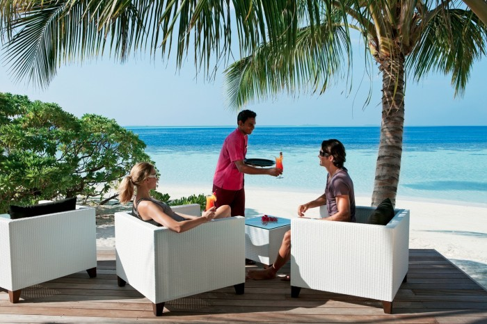 Maldivian Resorts accepting day guests